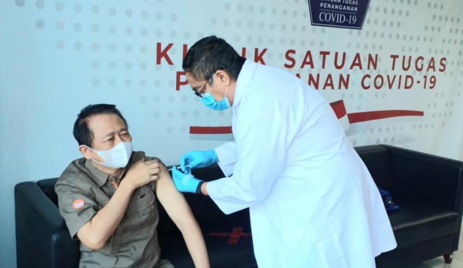 Jalani Vaksinasi Kedua, Ini Yang Dirasakan Rektor Universitas Indo Global Mandiri